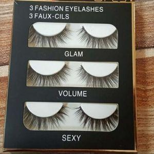 women's eyelashes